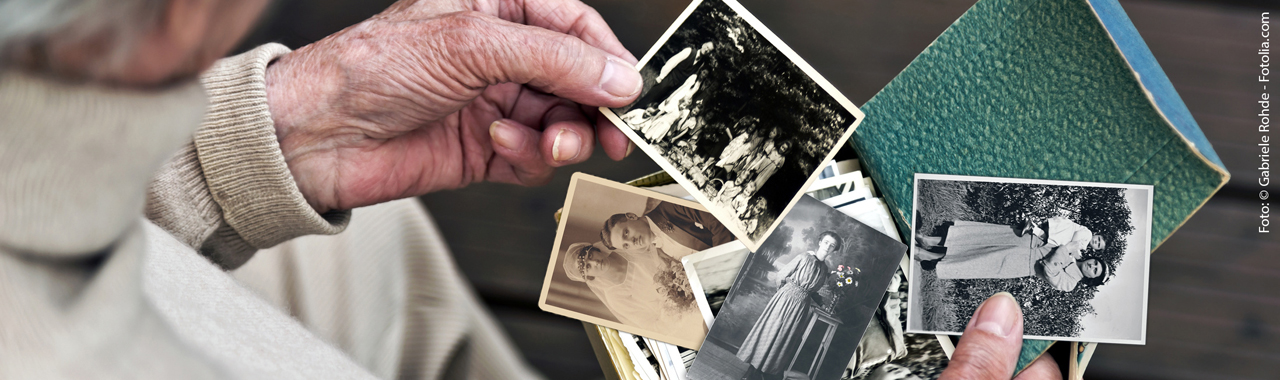 Living with the Risk of Alzheimer's Disease